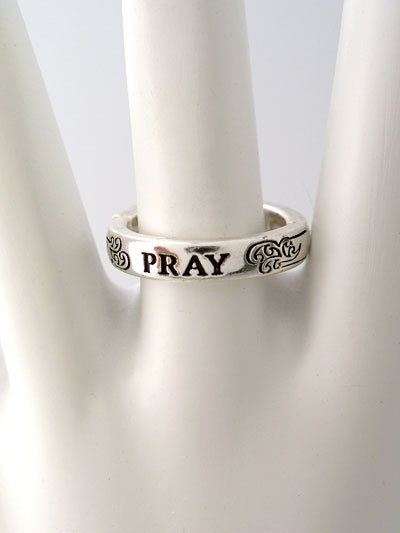 RELIGIOUS FILIGREE PRAY RING