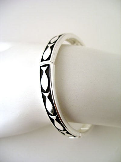 RELIGOUS JESUS FISH BANGLE BRACELET