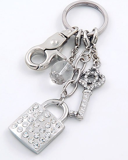 HOT SILVER TONE  LOCK AND KEY 60 CRYSTAL KEYCHAIN