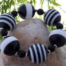 NEW BLACK WHITE ASSORTED STRIPE BEAD BALL BRACELET