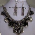 BLACK LAYERED FLOWER FLORAL ANTIQUE STYLE NECKLACE SET
