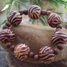 NEW BROWN ANIMAL PRINT WOOD BEAD BALL BANGLE BRACELET