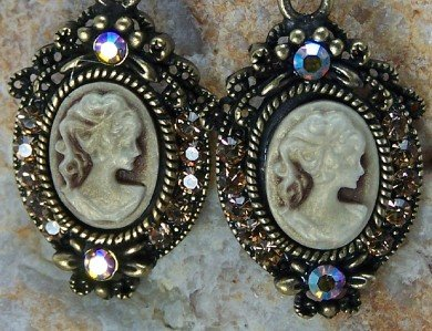 NEW BROWN ANTIQUE STYLE LADY CAMEO 24 CRYSTAL EARRINGS
