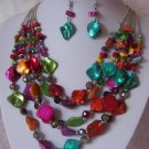 MULTICOLOR BLUE PINK RED NATURAL SHELL NECKLACE SET