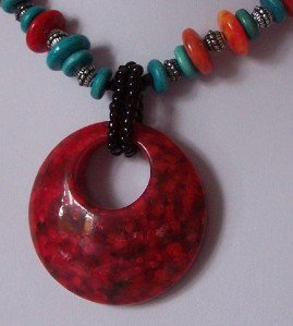 RED BLUE RESIN BEAD CIRCLE NECKLACE SET
