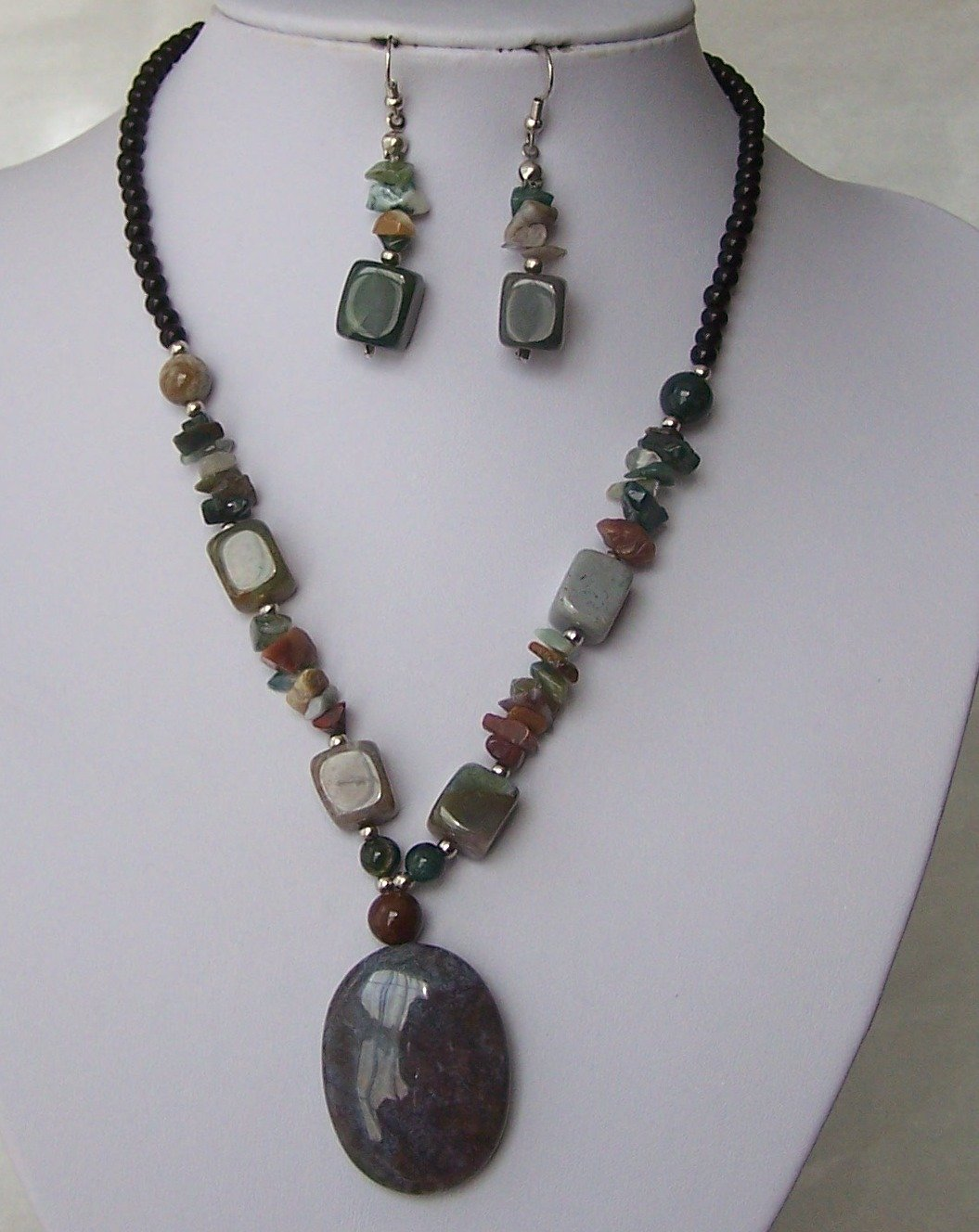Green Mixed Natural Gemstone Stone Western Semi Precious Semiprecious Necklace Set