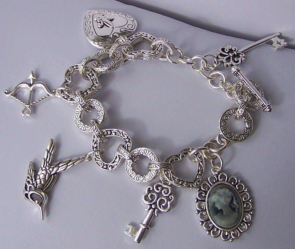 Chunky Lady Cameo Key Victorian Bird Arrow Fleur De Lis Heart Love Valentines Day Charm Bracelet