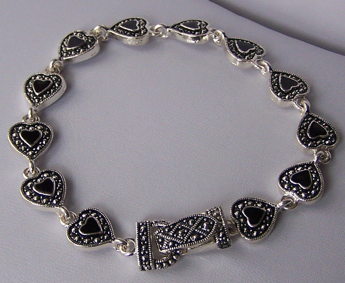 Black Textured Heart Love Valentines Day Bracelet