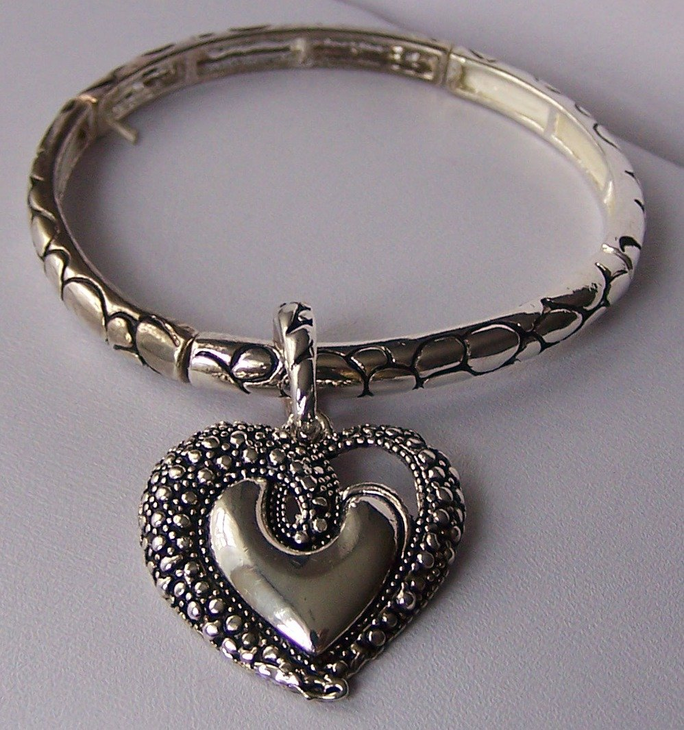 Textured Heart Love Valentines Day Charm Locket Bracelet