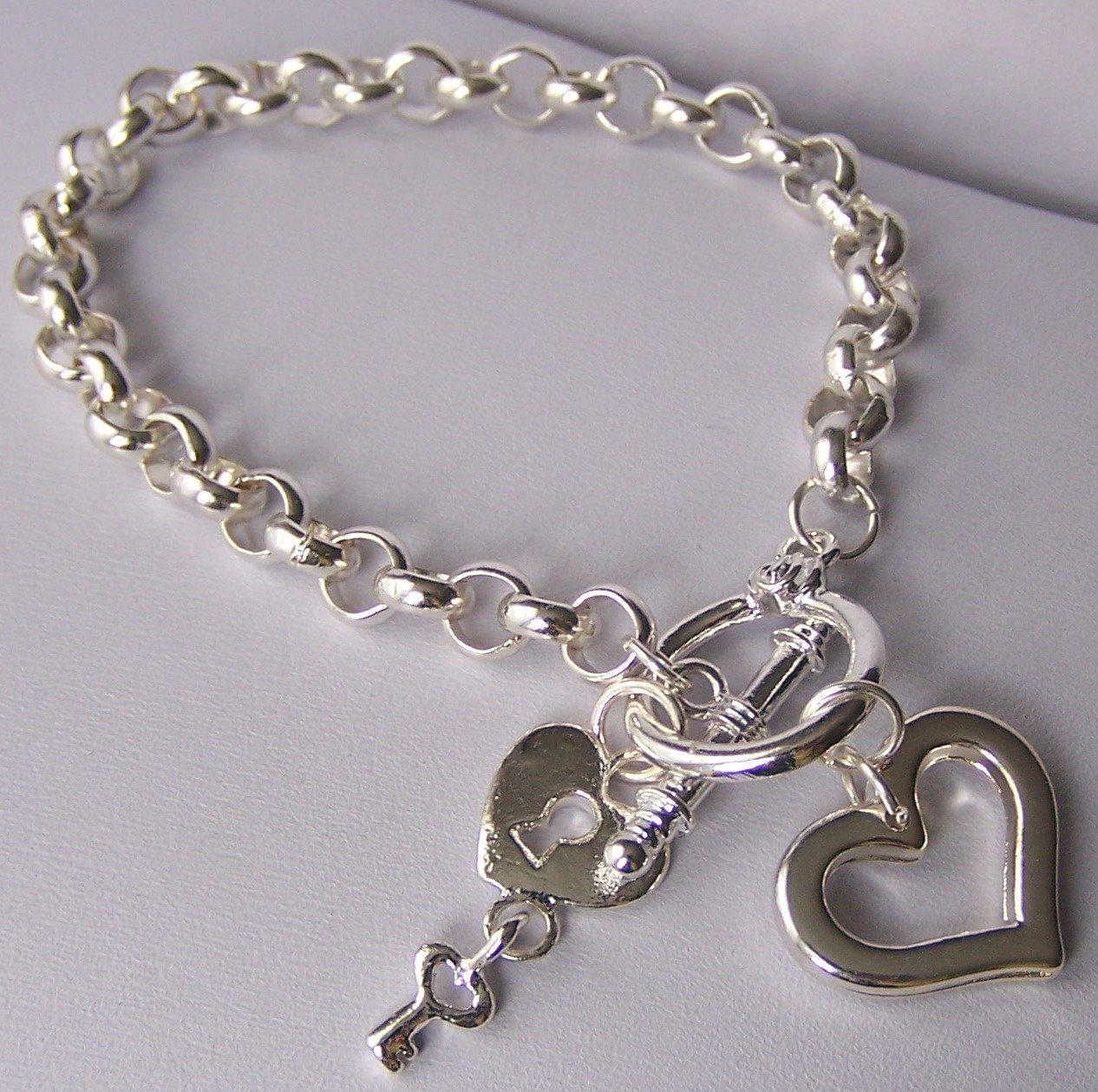 Key Open Heart Love Valentines Day Charm Bracelet