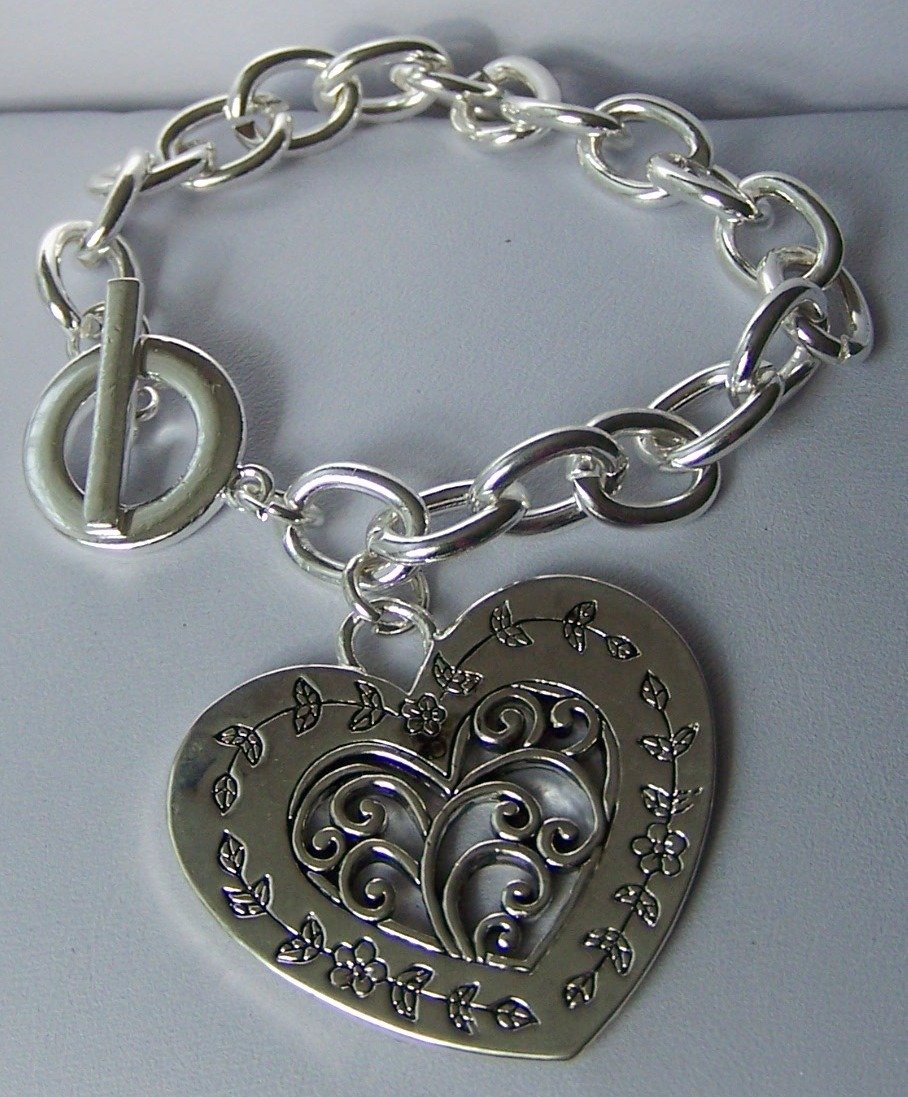 Chunky Filigree Heart Love Valentines Day Charm Bracelet