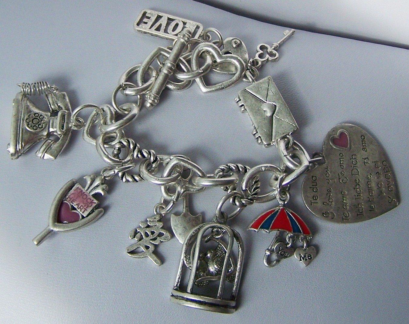 Chunky Filigree Silver Tone Key I Love You Je Ti Amo 3D Heart Love Valentines Day Charm Bracelet