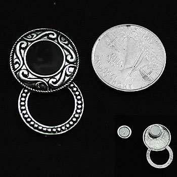 Textured Circle Picture Badge ID Eye Glass Holder Brooch Pin