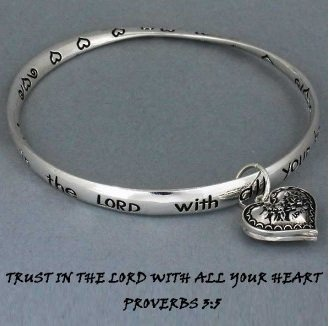 Religious Proverbs 3:5 Trust in the Lord Heart Love Charm Bracelet