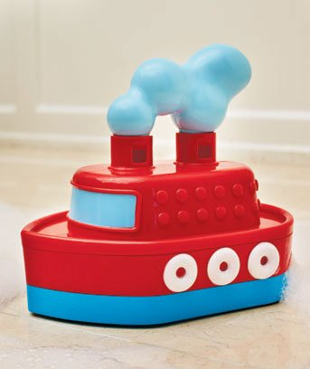 Bath tub toy Tooting Tugboat  2 yrs+  NEW in box