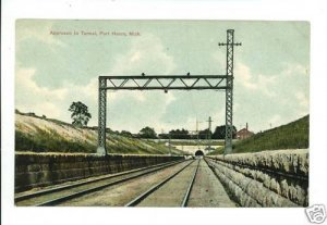 PORT HURON MI MICHIGAN RR TUNNEL APPROACH  POSTCARD