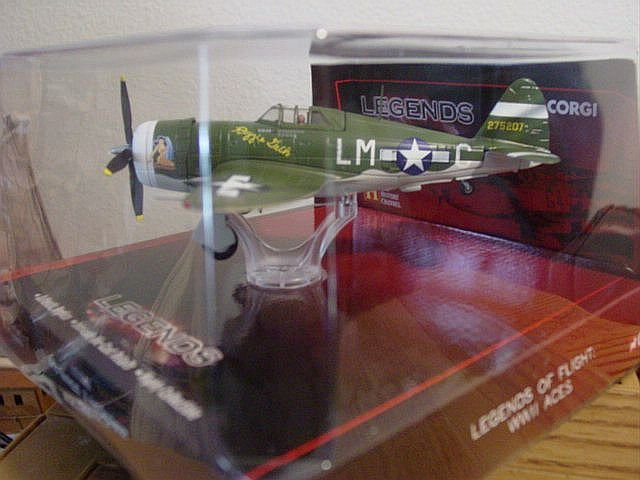 Corgi Diecast 1:72 Scale P-47D Thunderbolt Fighter