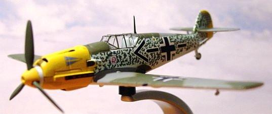"""Corgi """"Warbirds"""" WW2 1:72 Messerschmidt BF 109E-4"""