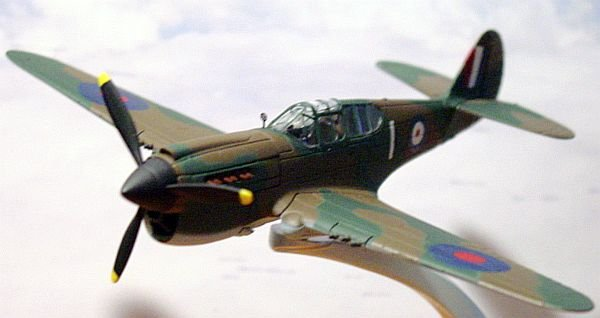 "Corgi ""Warbirds"" WW2 1:72 Curtiss P-40 Kittyhawk 1A"