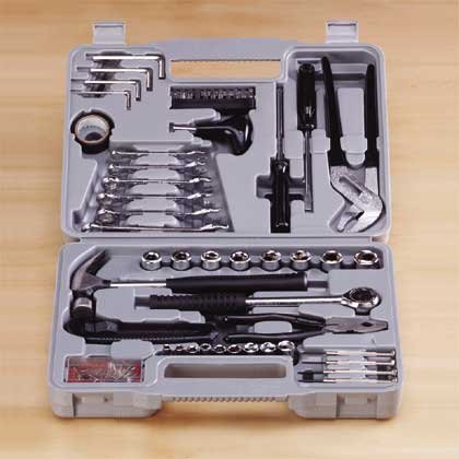 141 Piece Tool Set in Case