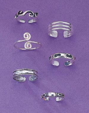 Trendy Toe Rings