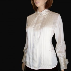 Liquid Silk Tuxedo Blouse by Caroline Kendrick MSRP $145 - sz 6