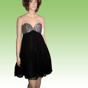 New SILK CHIFFON Empire Baby Doll STRAPLESS Dress Black wSilver by Molly New York - size 4