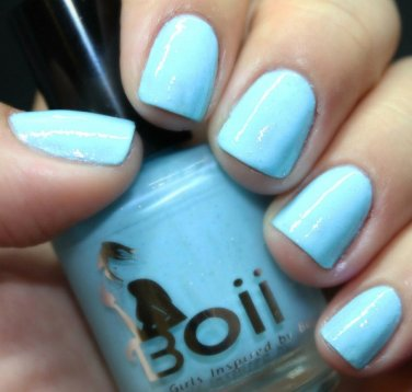 never be afraid of love - Boii Nail polish
