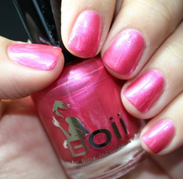 pink kisses - Boii Nail polish