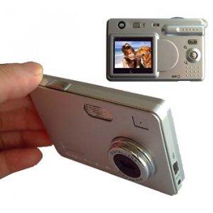 ULTRA SLIM DIGITAL CAMERA 4X ZOOM 5.6 MP+ 256MB SD CARD