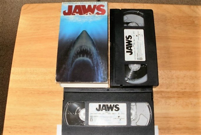 Jaws Anniversary Collectors Edition - VHS Movie - Complete CIB