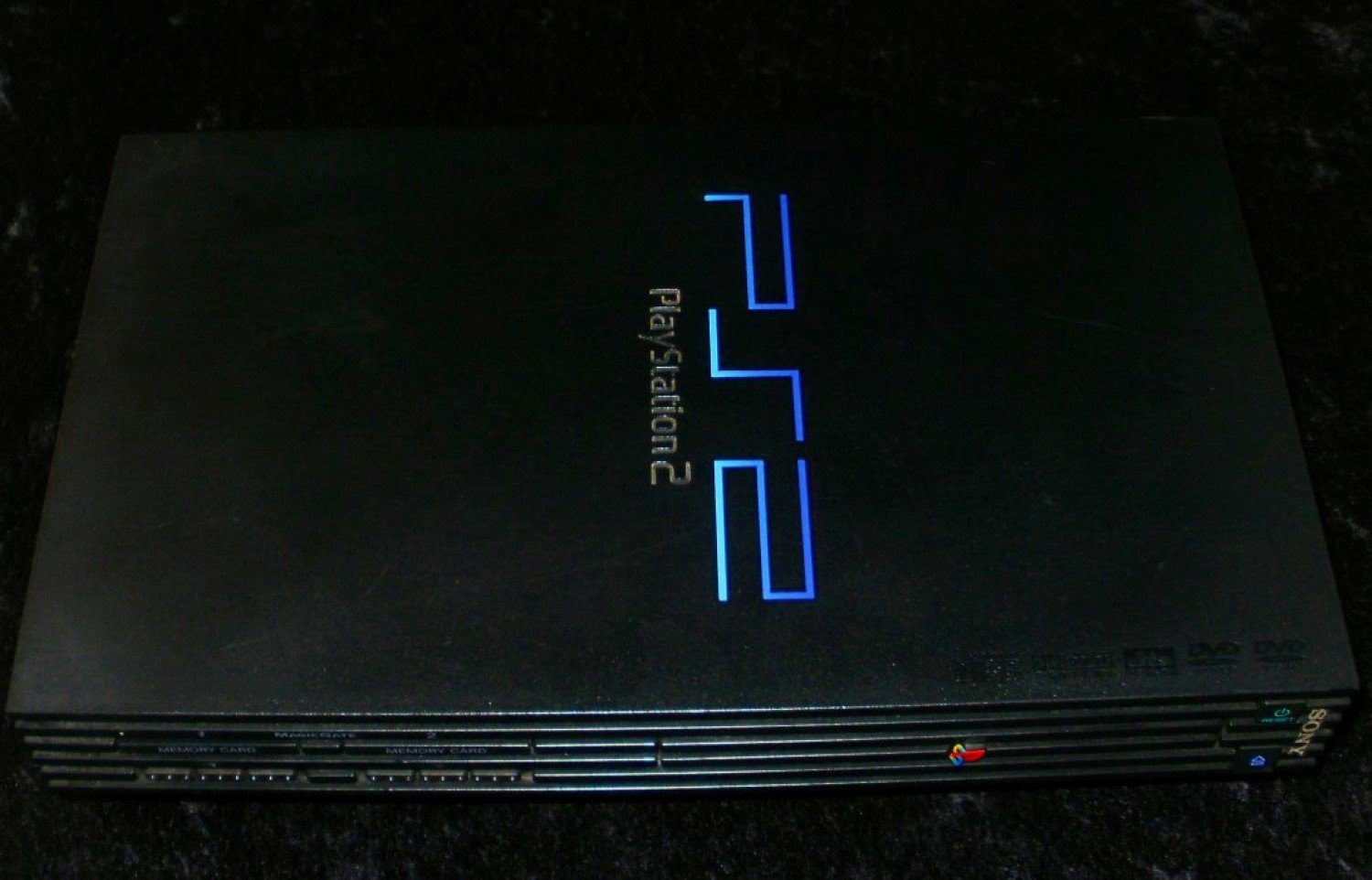 PlayStation 2 System - 2000 Sony Computer Entertainment - Console Only