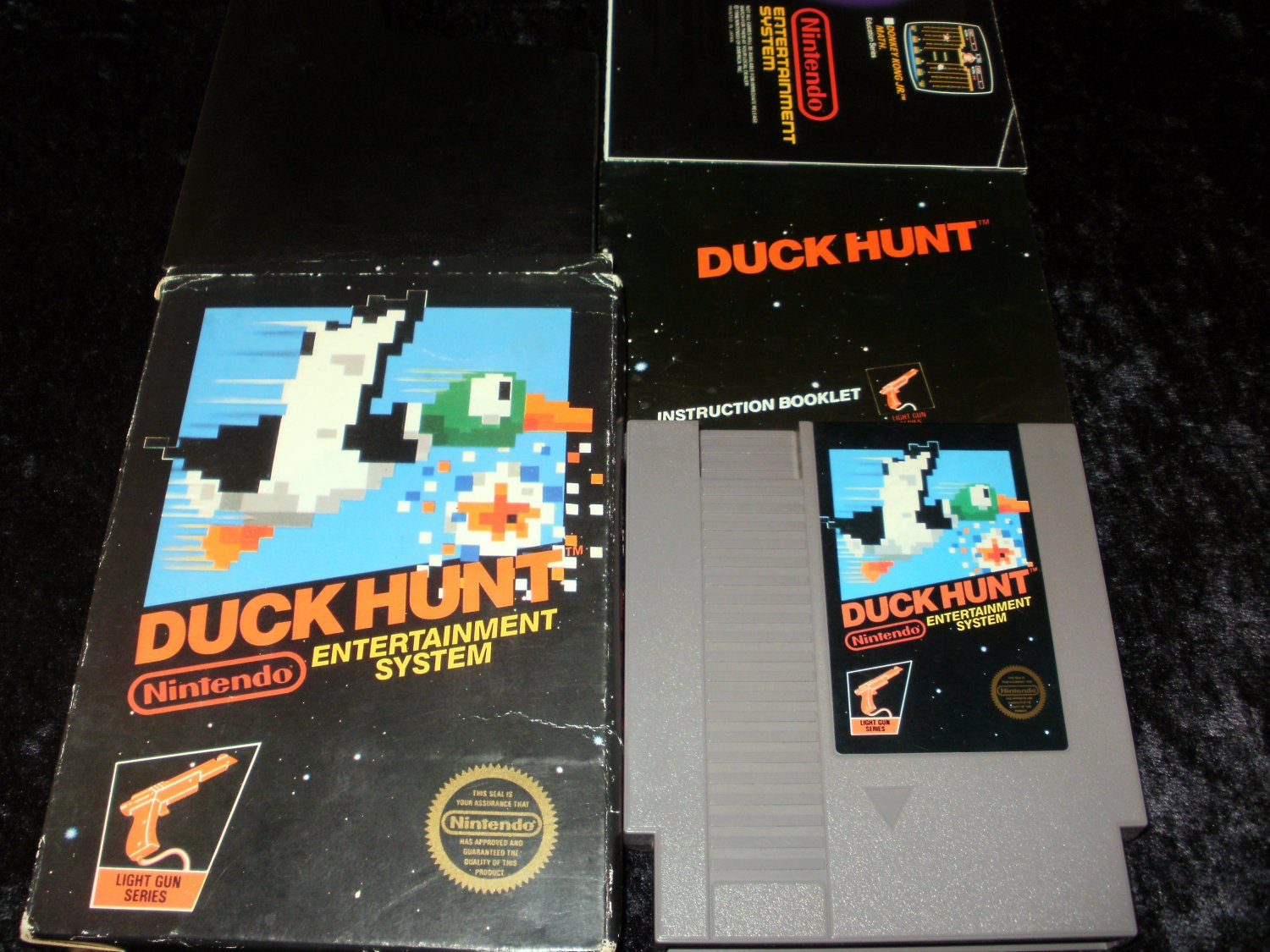 Duck Hunt - Nintendo NES - Complete CIB - 5 Screw 1985 Release