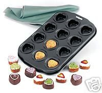 Norpro Nonstick Petite Heart Pan NEW Makes 12 Mini