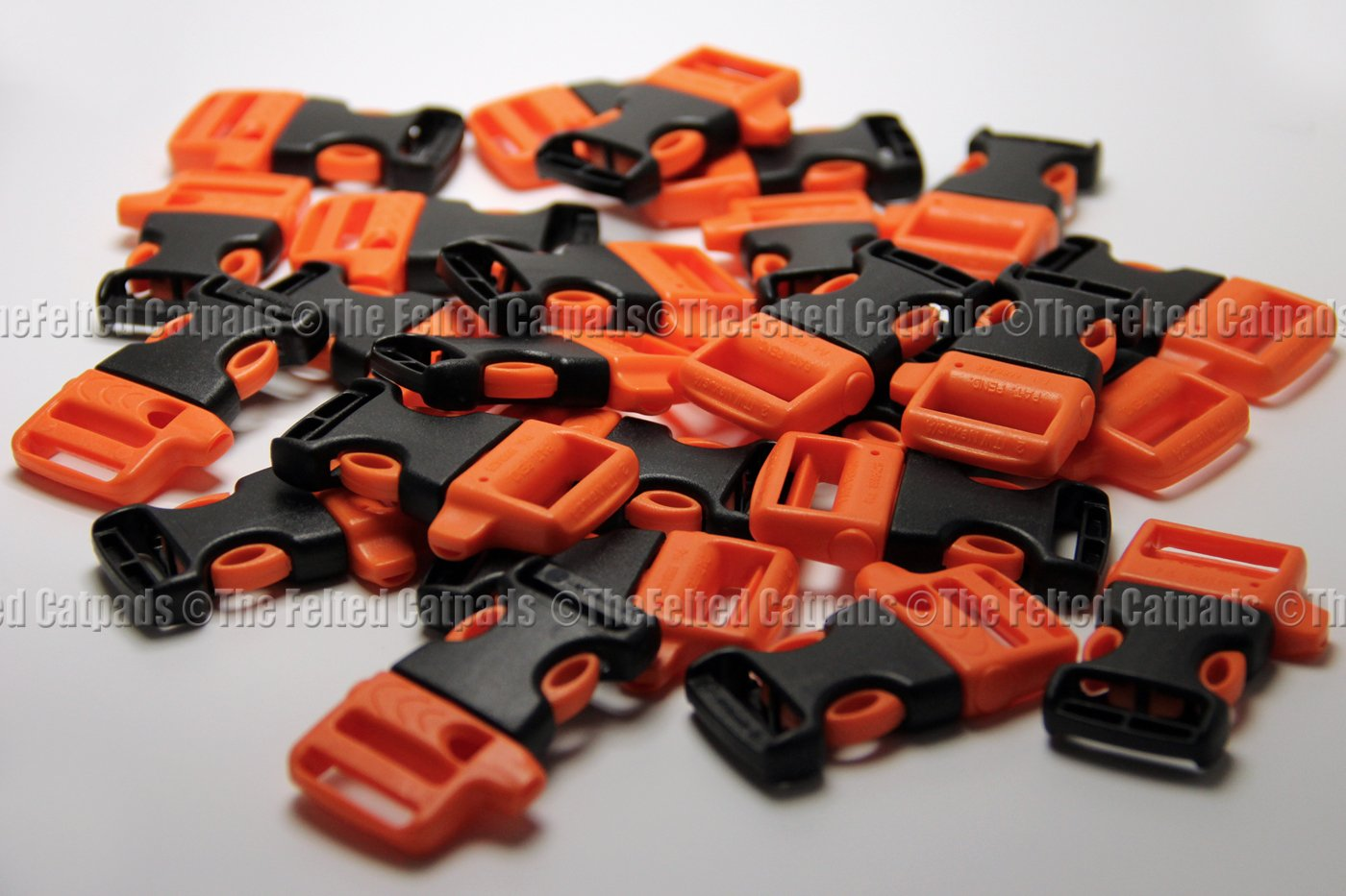 "Whistle Buckles 25 ITW Nexus WhistleLoc 3/4"" Orange - for Paracord Bracelets or Flat Webbing"