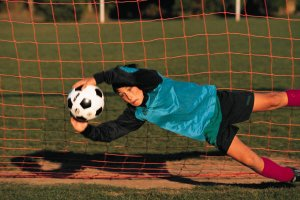 10 WEEKS YOUTH SOCCER PRACTICE PLANS : Age 13 - 16
