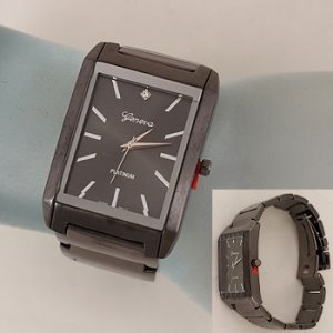 Mens Rectangular Face Metal Band Watch - Gun Metal