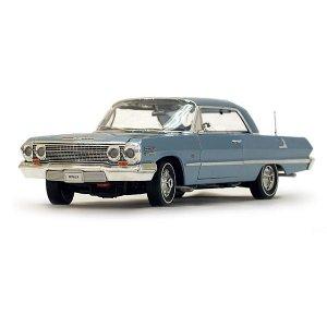 Welly 1963 Chevrolet Impala Hard Top - Blue - 1:18