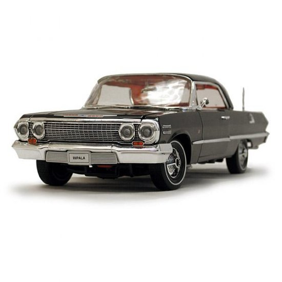 Welly 1963 Chevrolet Impala Hard Top - Black - 1:18