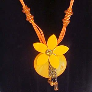 Mother of Pearl Necklace - Ocean Blossom - Mango