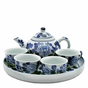 Porcelain Tea Set - Blue and White -Round