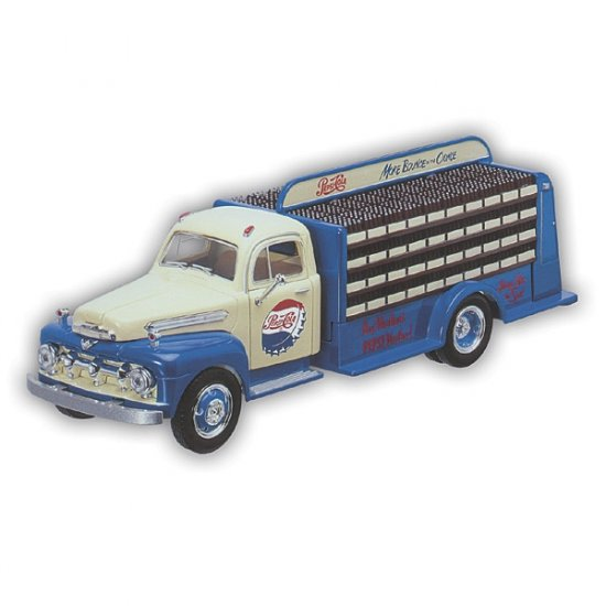 1951 Pepsi Bottle Truck with Display Stand - 1/25 Scale