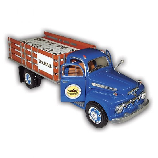 1951 USPS Stake Truck with Display Stand - 1/25 Scale