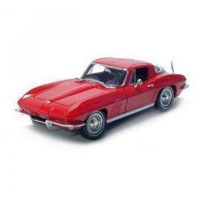 Maisto 1965 Chevrolet Corvette - Red - 1/18 Diecast Model