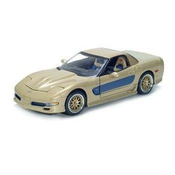 Maisto 2003 Chevrolet Corvette Culdstrand Edition - Gold - 1/18 Diecast Model