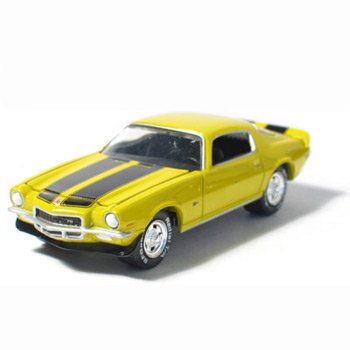1971 Chevy Camaro Z28 Sunflower Yellow 1/64 Car Muscle Car Garage Series By GreenLight