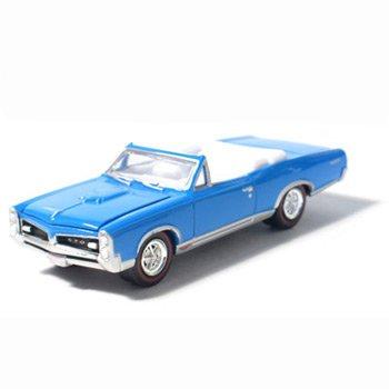 1967 Pontiac GTO Convertible Tyrol Blue1/64 Car Muscle Car Garage Series