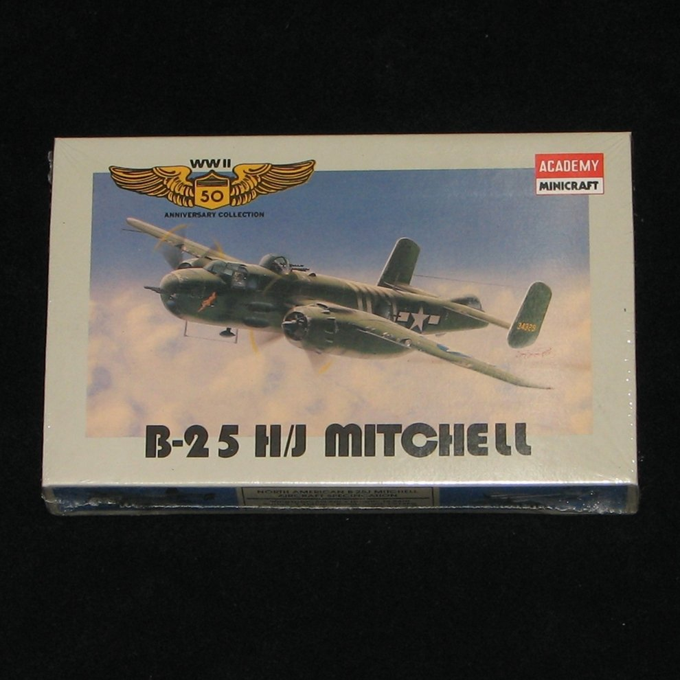B-25H/J Mitchell 1:144 Academy Minicraft