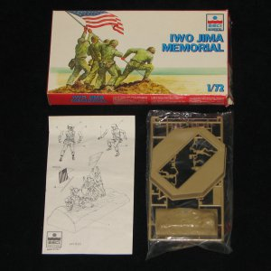 Iwo Jima Memorial Esci Ertl 1:72
