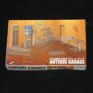 Antique Garage and Tools Fujimi 1:24